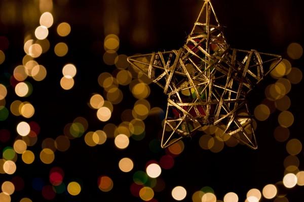 Immagini Luci Di Natale.Luci Di Natale Eventi Ed Esposizioni A Gaeta Per Accendere